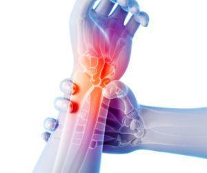 Лечение суставов перекисью водорода по профессору Неумывакину: как принимать и отзывы
