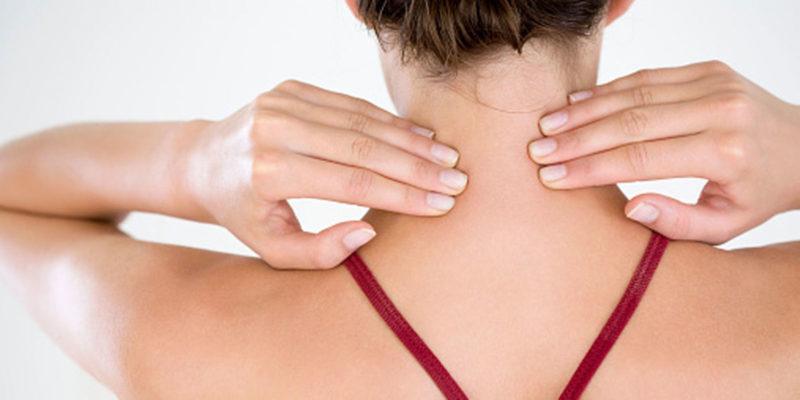 Как правильно делать массаж шеи и плеч
