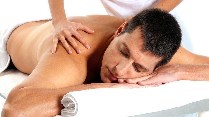 Как делать массаж при сколиозе