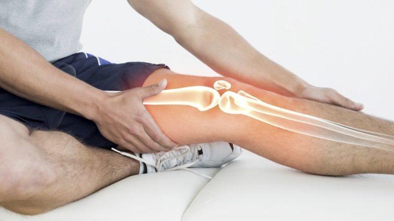 Что делать, если ломит суставы и кости