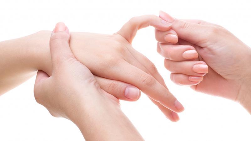 Изображение - Растяжение сустава пальца Kak-lechit-rastyazhenie-ili-razryv-svyazok-paltsa-4