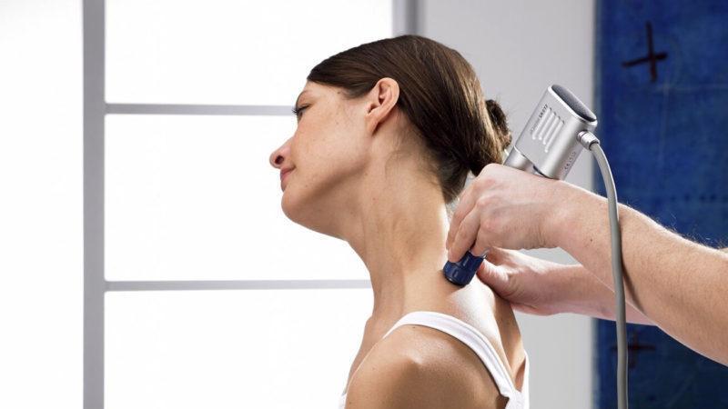 Как лечить шишку на позвоночнике в шейном отделе
