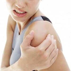 Что делать, если локоть опух и болит