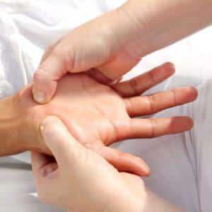 Что делать при ушибе пальца