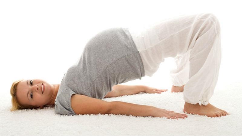 Что делать когда болит копчик при беременности и после родов