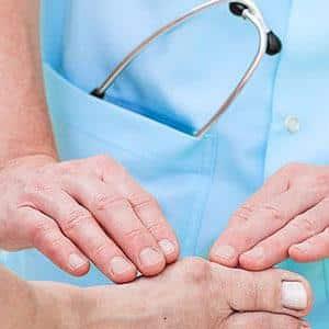 Что делать, если опух палец и болит