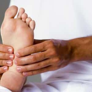 Как избавиться от шпоры на пальце ноги
