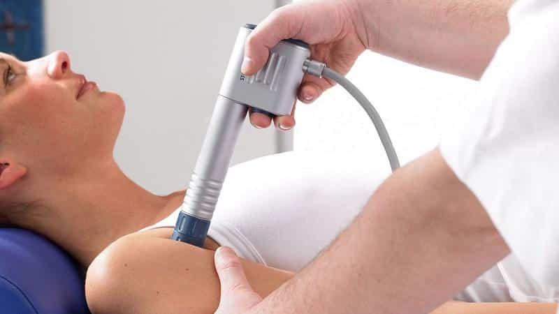 Что такое экстракорпоральная ударно-волновая терапия