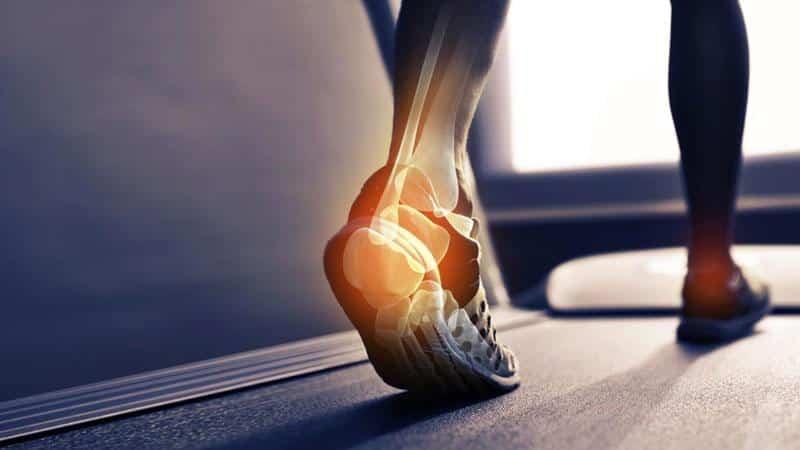 Почему болят ступни ног и что делать в таких случаях