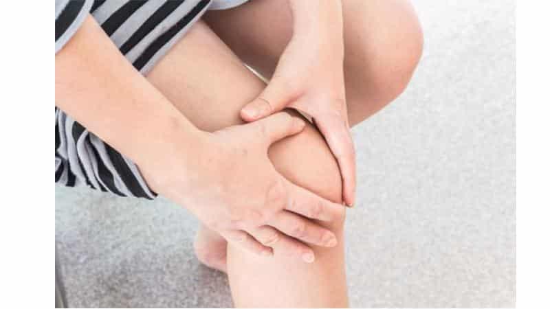 Что делать, если болит колено при сгибании и разгибании