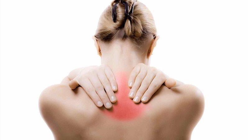 Что делать при боли в спине между лопатками