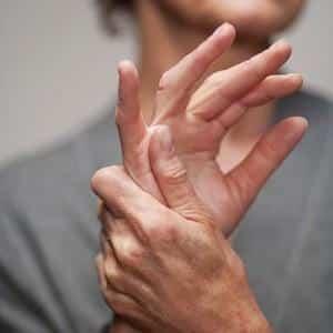Как укрепить кисти и пальцы рук упражнениями
