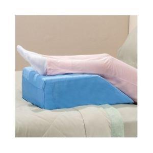 Как правильно спать на ортопедической подушке