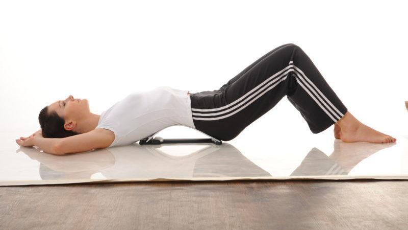 Что делать, когда немеет спина в области лопаток