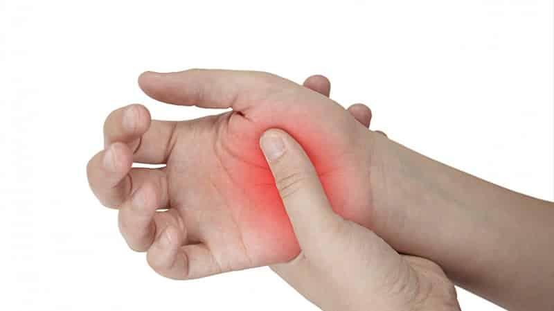 Что делать, когда болят ладони рук