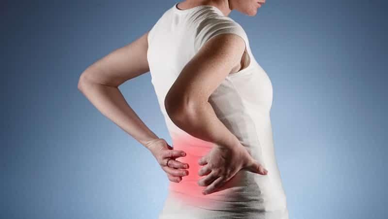 Что делать при болях в боках со спины
